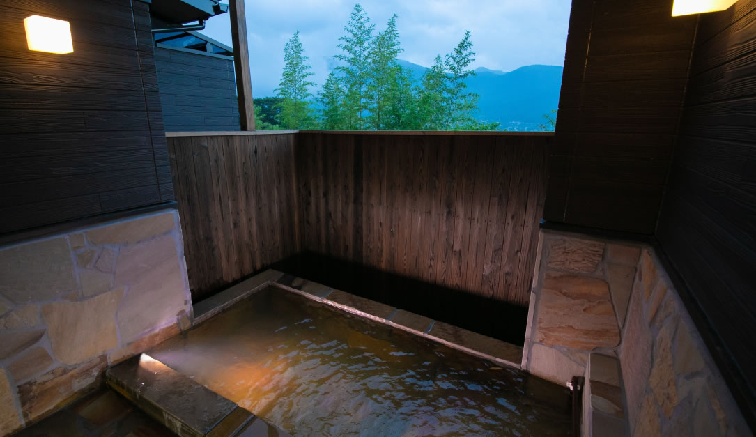 100% natural hot spring water and semi-open-air bath in every guest room